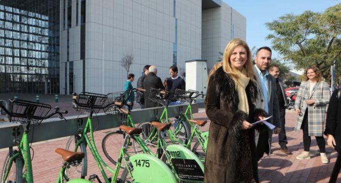 Castelló facilita la recàrrega de l'abonament de bus i TRAM a través de l'app i bancades de Bicicas