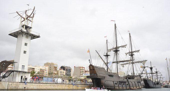 Baptismes de mar, vela llatina i simulacres de rescat en helicòpter dinamitzen la segona edició d'Escala a Castelló