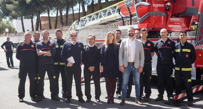 El servei de Bombers de Castelló incorpora un nou vehicle amb autoescala de 32 metres