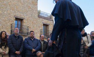 Moliner consolida su apoyo a 'Els Pelegrins de Les Useres' como emblema patrimonial