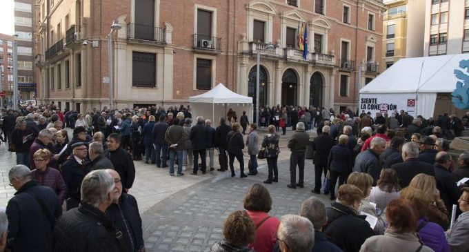 Centenars de majors castellonencs sol·liciten la seua plaça al Castelló Sènior de la Diputació el primer dia d'inscripció