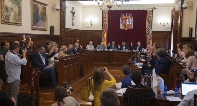 Moliner completa en l'últim Ple Ordinari de la legislatura la seua política de consensos al davant de la Diputació