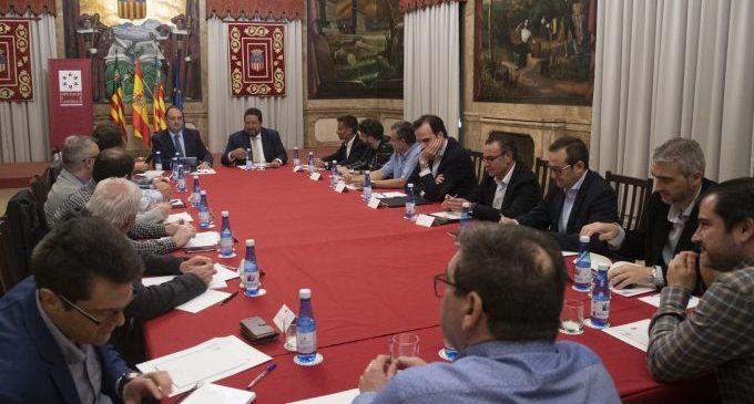La Diputació i les principals empreses ceràmiques s'emplacen a continuar reivindicant el sector davant Europa