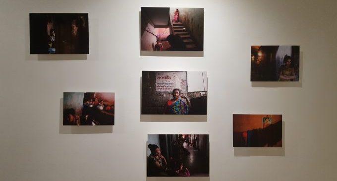 La Diputació acull l'exposició fotogràfica 'Brothels' de Miguel Candela