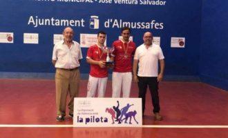 El club de pilota valenciana de Almenara gana el autonómico de frontón