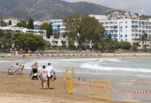 Es reobri al bany la platja de les Fonts d'Alcossebre