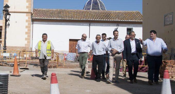 Diputació visita les obres d'urbanització de vials en l'entorn emmurallat de Mascarell de Nules