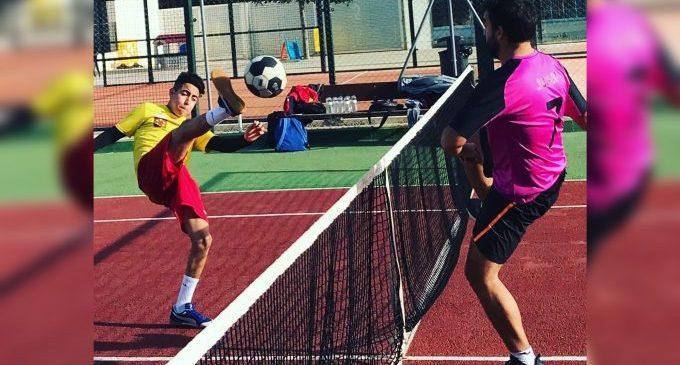 Benicàssim celebra unes jornades esportives per a donar a conéixer el 'futnet' en la localitat