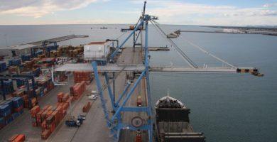 El puerto de Castelló cierra el mejor mes de su historia en tráfico de mercancías con 2.072.627 toneladas en julio