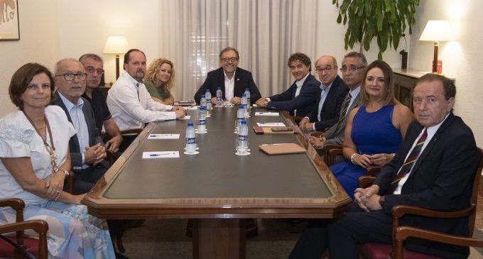 La Diputació s'uneix amb els empresaris per a impulsar projectes que promoguen el turisme