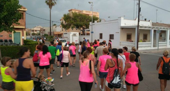 La Playa Casablanca de Almenara acoge esta tarde la 'Marxa de la Dona'