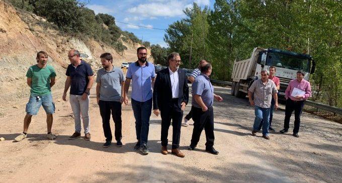 La Diputació amplia la carretera de la Mata a Olocau i millora el ferm d'un vial que uneix les províncies de Castelló i Teruell