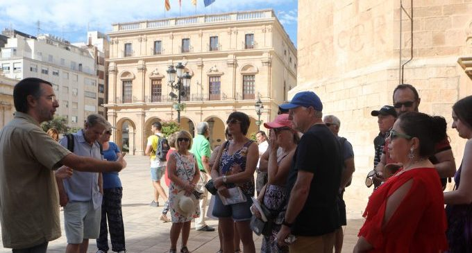 Castelló impulsa el turismo de cruceros