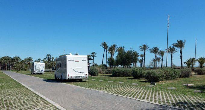 Castelló aprova el projecte d'ordenança que regula l'estacionament d'autocaravanes