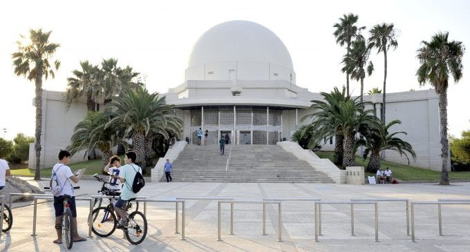 El Planetari de Castelló proposa una nit de ciència al 31 d'octubre