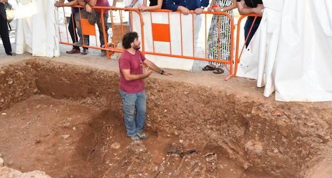 José Martí anuncia que en el presupuesto de la Diputación de 2020 habrá una partida para  apoyar proyectos de exhumaciones de grupos de la memoria