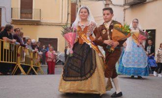 Dia de gran participació amb l'Ofrena floral en la Fira d'Onda