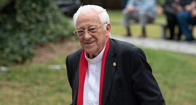 El 'padre Ángel', 'en primera persona' a la Diputació de Castelló