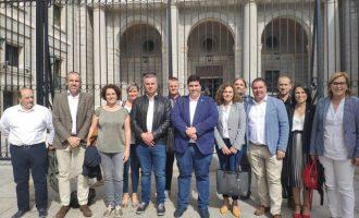"""La alcaldesa manifiesta """"moderada satisfacción"""" tras la reunión con Costas en Madrid"""