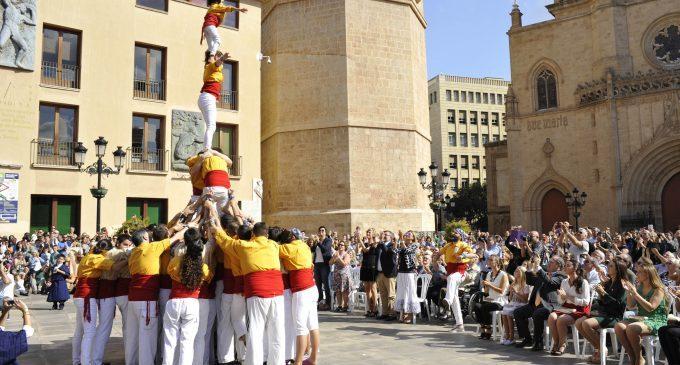 Castelló celebra el 9 d'Octubre amb focs artificials i el concert de la Banda Municipal