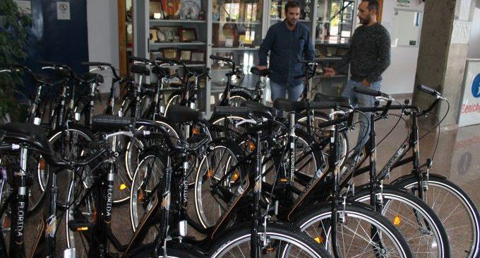 Benicàssim renova les bicicletes de préstec gratuït