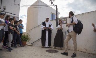 Onda ofereix visites guiades teatralitzades gratuïtes als carrers i el Castell