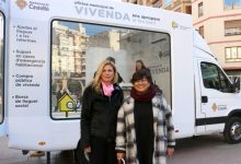 La Oficina de Vivienda sale a la calle con una unidad móvil