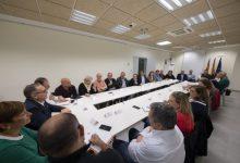 Martí es reuneix amb més de 100 alcaldes i alcaldesses de la província