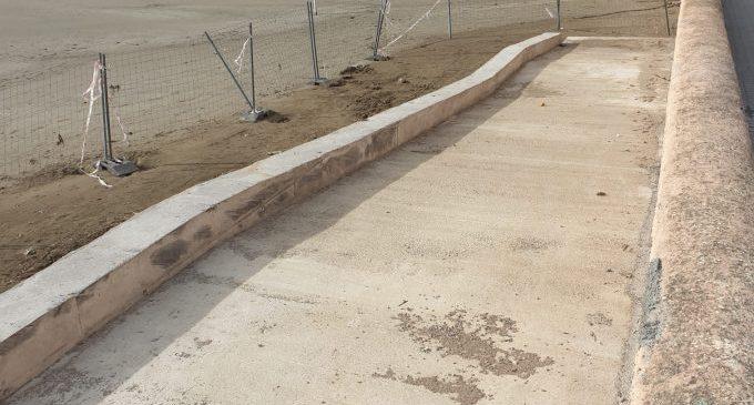 Comencen les millores de l'accessibilitat a la platja del Clot de Vinaròs