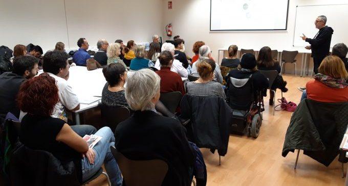 """Més de 250 assistents en les primeres jornades """"Construint i Alimentant Alternatives"""""""