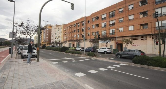 Castelló reforça la seguretat viària amb dos nous semàfors a l'avinguda Barcelona