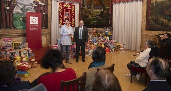 Diputación distribuye regalos entre 8 entidades que repartirán juguetes a 500 niños