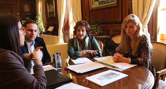 Castelló atorga 120.000 euros per a la nova seu de l'AECC per ampliar l'atenció