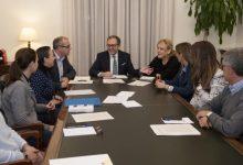 La Diputació traslladarà mesures per a ajudar a les farmàcies rurals