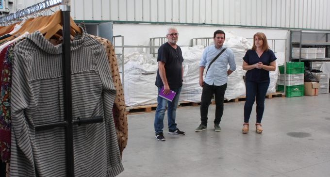 Castelló recupera 390 toneladas de ropa usada de medio centenar de contenedores