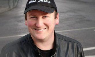 L'escriptor Blue Jeans visitarà Onda per a signar els seus llibres i xarrar amb els fans