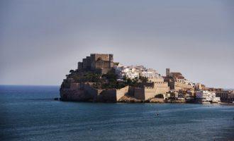 L'Ajuntament de Peníscola en ple sol·licita a Govern i Generalitat més ajudes al comerç i al sector de l'hostaleria