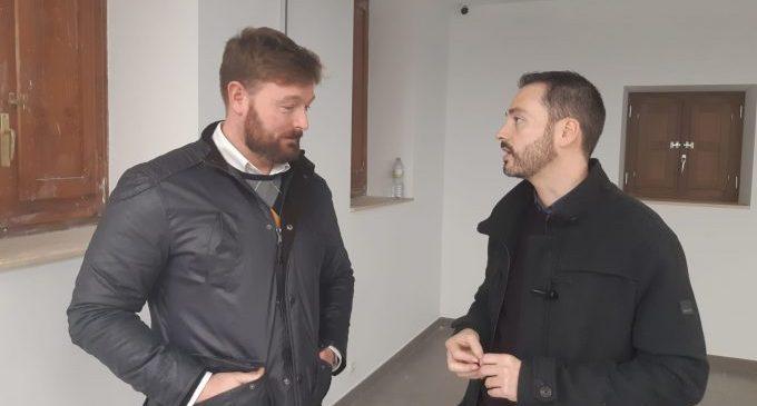 Ximo Huguet visita a Sant Jordi les obres realitzades a l'Ajuntament amb càrrec al Pla 135