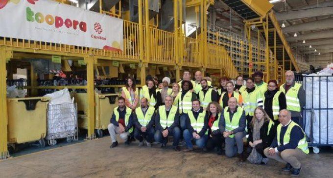 El diputat de Residus i Reciclatge visita la planta de tractament tèxtil de la cooperativa KOOPERA