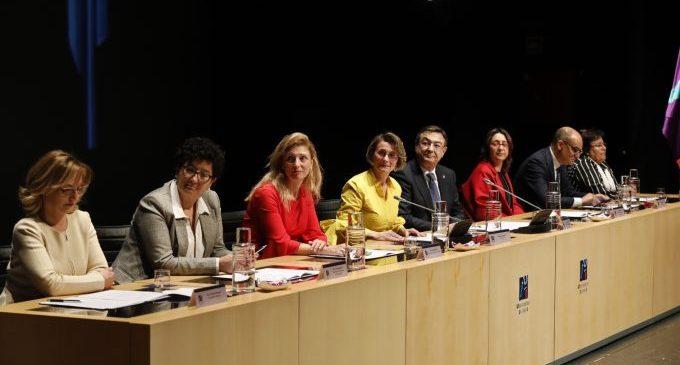 Eva Alcón (UJI) apel·la al finançament i l'estabilització del personal per a afrontar amb valentia els reptes de futur