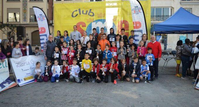 La Cursa de Sant Blai reuneix més de 1.800 xiquets i xiquetes de Borriana en una jornada d'esport i diversió