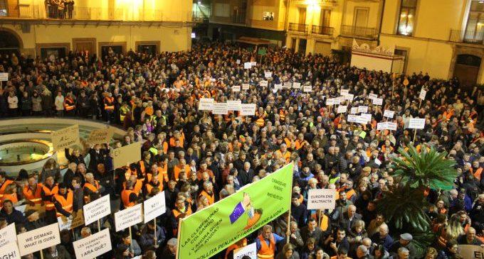 Nules dona suport a la manifestació per la citricultura