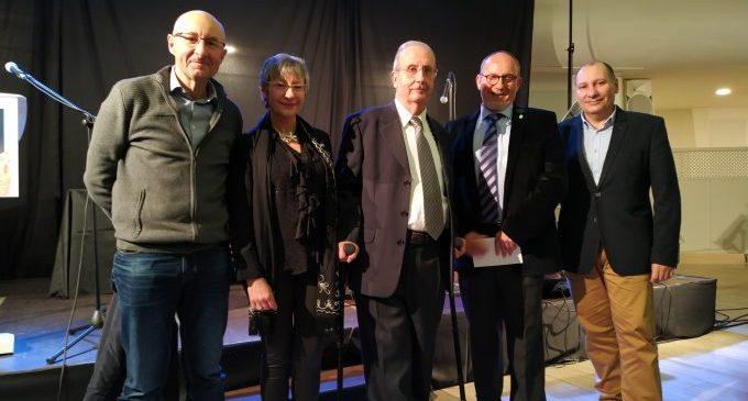 L'escriptor Joan Pla rep el guardó dels Premis Fundació Bromera al Foment de la Lectura 2020