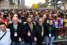 José Martí i Tania Baños assisteixen a l'eixida de la Marató BP Castelló i la 10K Facsa Castelló