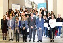 FACSA entrega 25 becas a alumnado de la UJI residente en Castelló