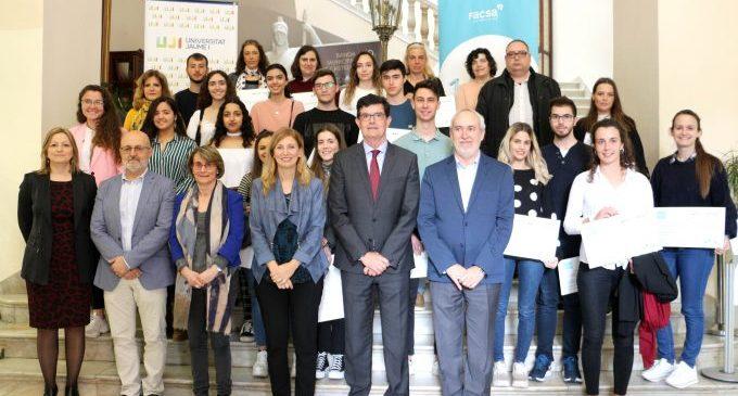 FACSA lliura 25 beques a alumnat de l'UJI resident a Castelló