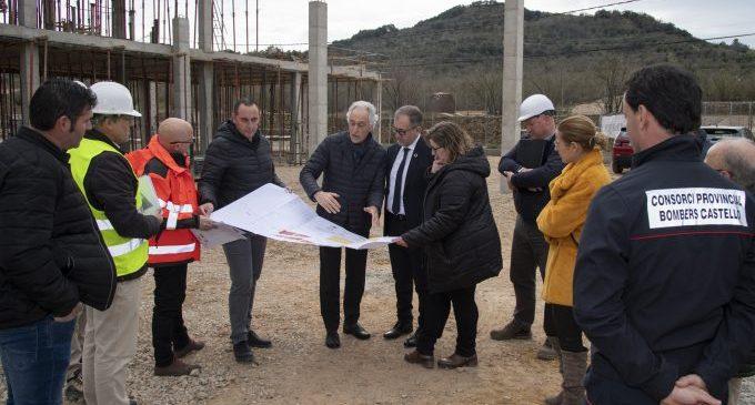 El nou parc de bombers voluntaris de Benassal entrarà en servei a final d'any i incrementarà el nombre d'efectius de 17 a 25