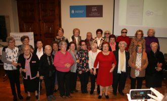 La exposición 'Dones Grans, Grans Dones' repasa la vida de 26 mujeres mayores de 80 años