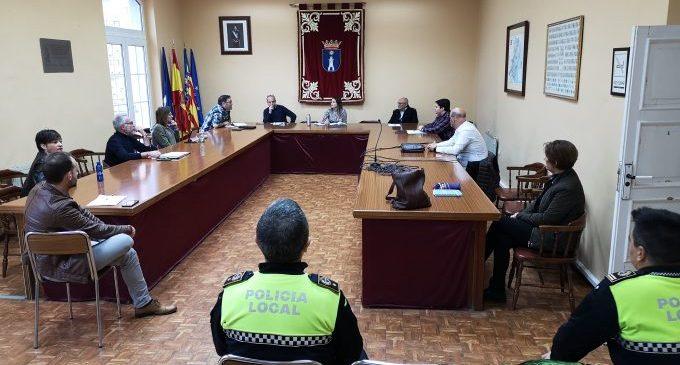 El ple de la Vall d'Uixó debatrà una moció perquè s'homologuen les mascaretes per a persones amb dificultats auditives