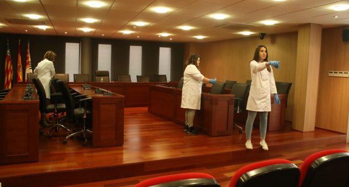 Les infermeres escolars es posen al servei dels onders amb una original campanya de prevenció